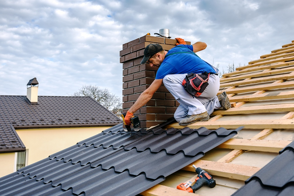 Risks That Can Occur During DIY Roofing Projects