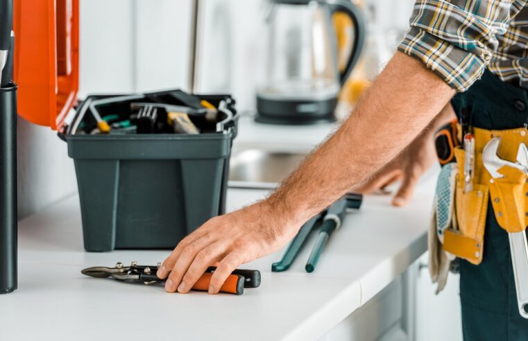 Why Hire a Professional Home Maintenance Service Providing Company?