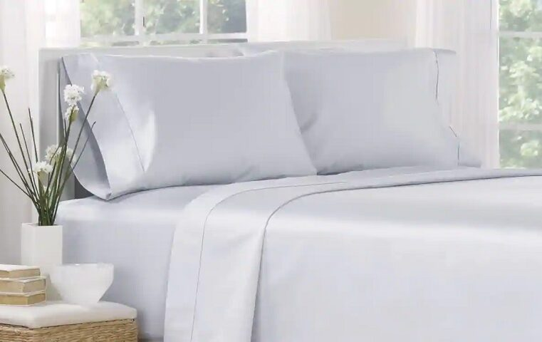 Best Fabrics Used In Bed Sheeting | Described!